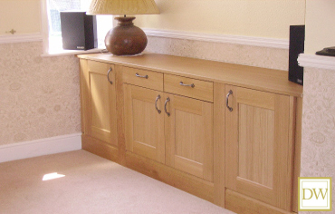 This custom made oak sideboard was commissioned to match an existing oak dining table & chairs.