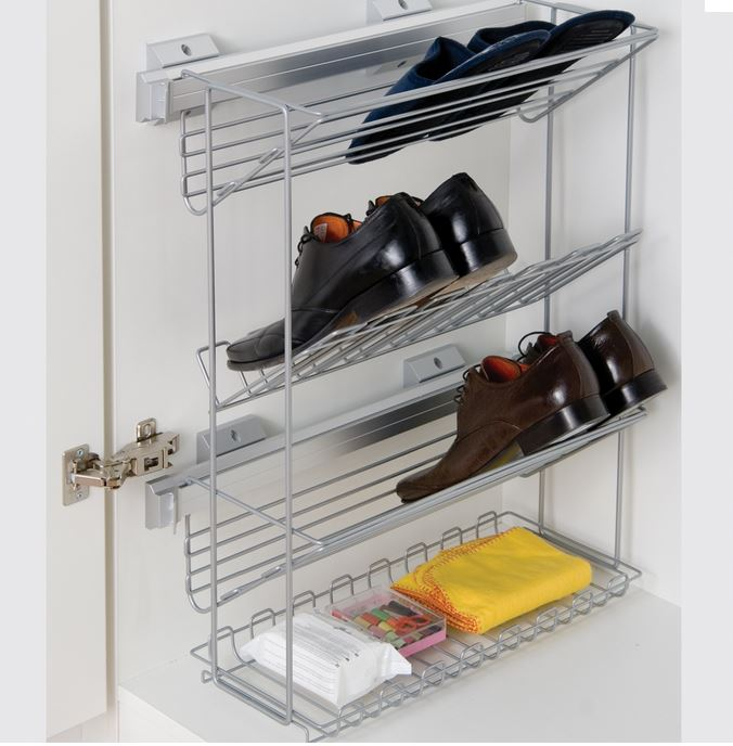 Extractable shoe rack that will comfortably hold up to 6 pairs of shoes together with a neat little shelf that could conveniently hold shoe polish etc. The item is unhanded and can be fitted to either left or right hand side of the cabinet