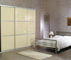 Sahara cream glass sliding doors with 2 horizontal decorative aluminium bars.